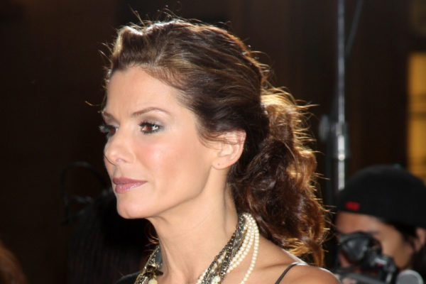 "Sandra Bullock arriving at the World Premiere of ""The Proposal"" at El Capitan Theater in Los Angeles, CA  on June 1, 2009  ©2009 Kathy Hutchins / Hutchins Photo"