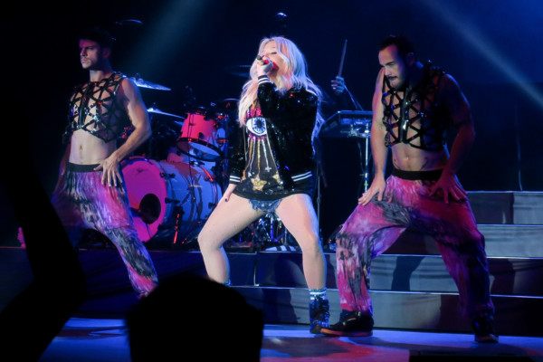 Kesha performs at the Fantasy Spring Resort and Casino in Indio, CA Pictured: Kesha Ref: SPL1316140  090716   Picture by: Ronin 47/London Entertainment Splash News and Pictures Los Angeles:	310-821-2666 New York:	212-619-2666 London:	870-934-2666 photodesk@splashnews.com